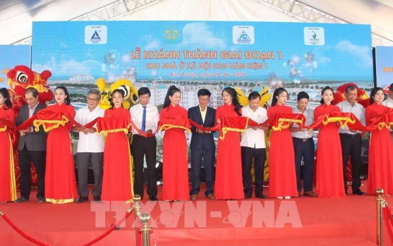 VTV1 (17h - 22/06/2020) - Phóng sự Lễ Khánh Thành NOXH Khu Công Nghiệp Hàm Kiệm 1 & Khởi công Trung tâm Thương mại Nam Phan Thiết