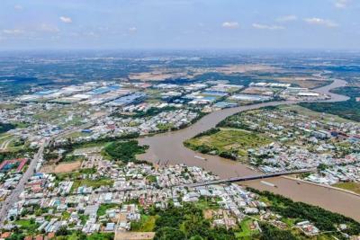 Dự án cao tốc Bắc - Nam qua Bình Thuận: Phấn đấu đến cuối tháng 11 giao mặt bằng cho các ban quản lý dự án